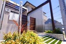 リレーリアで素敵なファサード。便利で素敵な門廻りとルーフデザイン パナホームのお家を素敵にリフォーム 岡山 外構工事