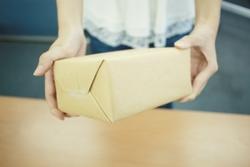 【週2~ok】小箱のシール貼り、検品☆オープニング♪3