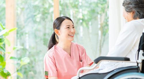 【神戸市東灘区】介護老人保健施設での施設ケアマネジャー(介護支援専門員)の業務