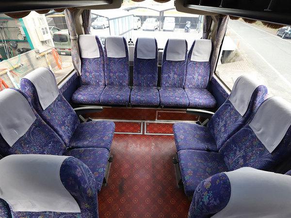 小型バス(206)