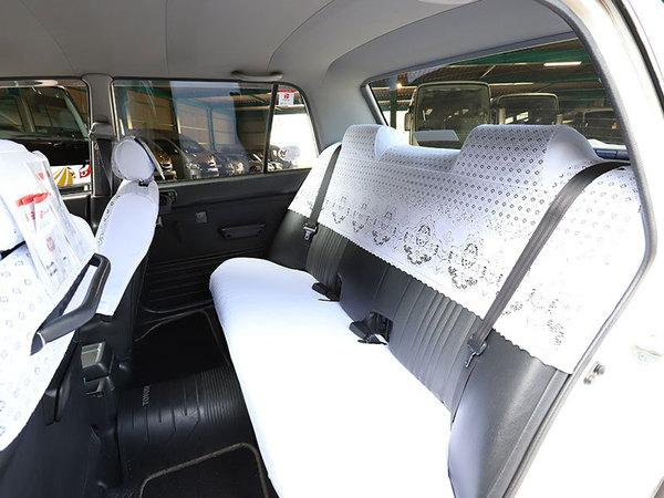 小型タクシー