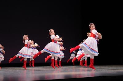 ロシア(赤) サイズ:3号×4、4号×6、5号×5、6号×3 ¥5,000- 色違い有り(ロシア青)