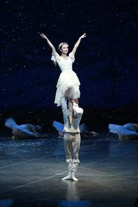 くるみ割り人形【全幕】          雪の女王 サイズ:M×1 ¥12.000- シルクのスカートでなびき方が、キレイ!