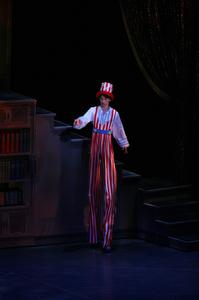 コッペリア【全幕】            役名:人形 男性(脚長) サイズ:M×1 ¥7.000- スティルトを履いて、脚長になります。