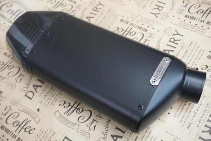 AKRAPOVIC サイレンサー グレーシャブラック 参考価格¥25000〜