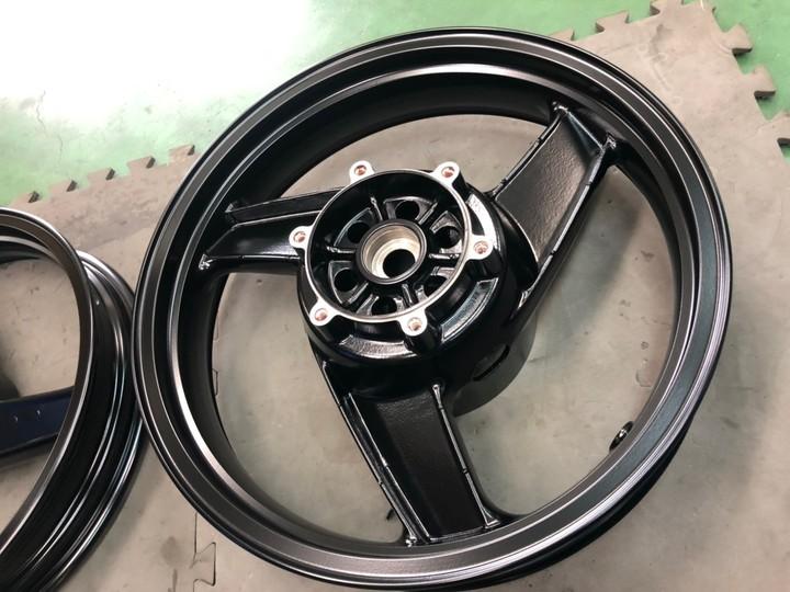 GPZ900R ホイール 半艶ブラック   (1coat)参考価格¥25000~