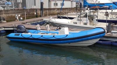 XS-585
