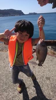 長男大物を釣る